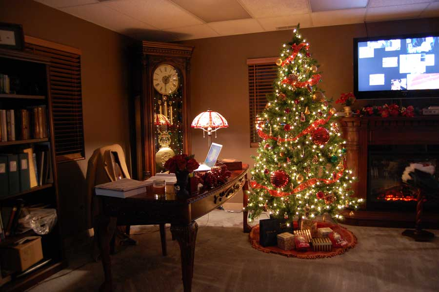 Home christmas decorations dream house experience for Christmas home designs